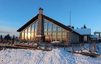En härlig vinterdag med toppbesök