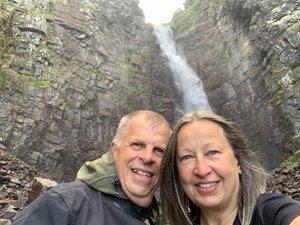 Njupeskärs vattenfall och Old Tjikko – världens äldsta träd