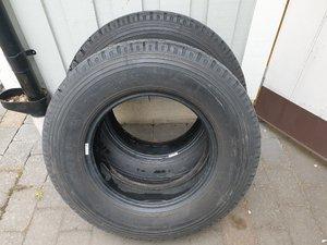 2 sommardäck Michelin  215/75 R16